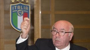 Figc: Tavecchio si dimette, poi sfoga la sua rabbia in conferenza