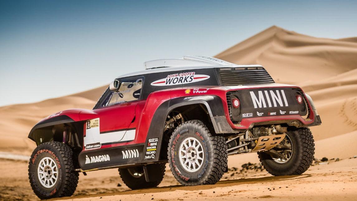 Presentata la nuova Mini per la Dakar 2018 con motore twin power turbodiesel da 340 cavalli e carrozzeria in composito e kevlar.
