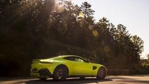 Aston Martin Vantage 2018: foto