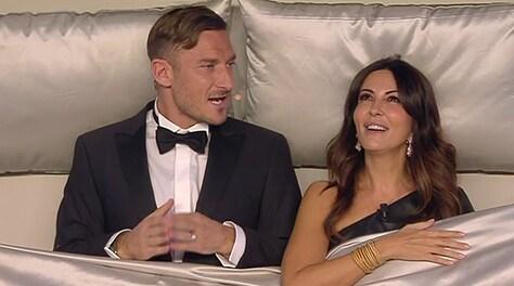 Maria De Filippi annuncia: «Nel mio House Party ci sarà anche Francesco Totti»