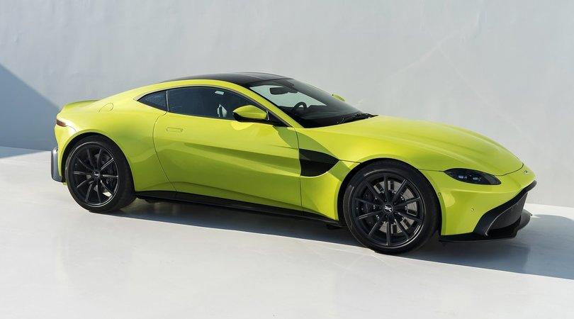 Aston Martin Vantage, eleganza e potenza british