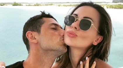 Dzemaili annuncia il divorzio dalla moglie Erjona: «Non devi più usare il mio cognome»