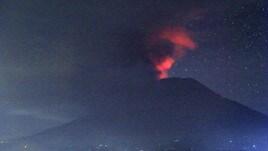 Paura a Bali per il vulcano Agung: si teme una grande eruzione
