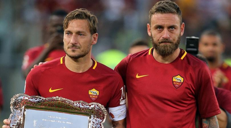 Roma, Totti: «De Rossi ha sbagliato, ma è il nostro capitano»