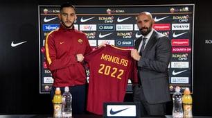 Roma, Manolas rinnova e posa con il numero 2022