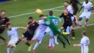 Benevento, la sequenza del gol del portiere Brignoli