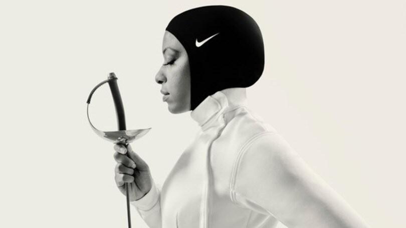 Mukammad, la scherma e l'hijab della Nike