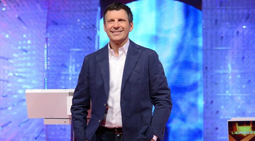 Fabrizio Frizzi a sorpresa in tv: «Sto bene, sto meglio»