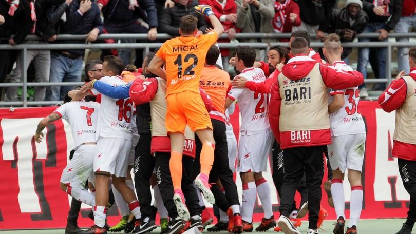 Serie B Bari, Kozak: «Non sono un giocatore finito»