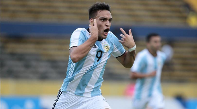 Argentina, Tevez boccia Lautaro Martinez: Per il Mondiale servono uomini