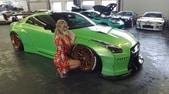 Nissan GT-R conquista anche l'attrice sexy Mareike Fox