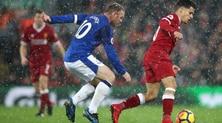 Premier League, 1-1 nel derby di Liverpool: a Salah risponde Rooney su rigore