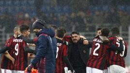Milan, la vittoria esalta Gattuso: che abbracci con la squadra!