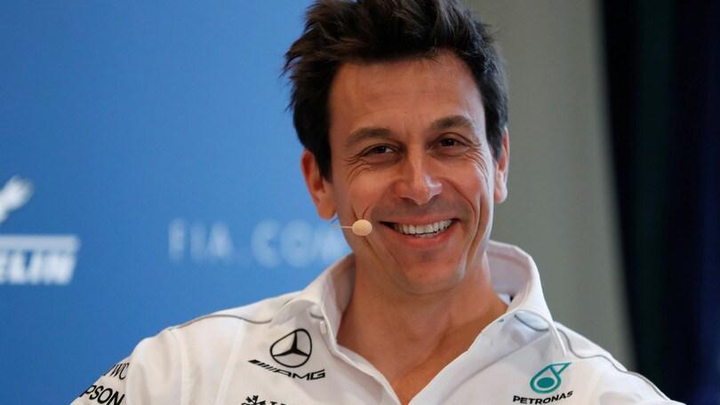 F1, Wolff: «Hamilton non ci abbandonerà all'improvviso»