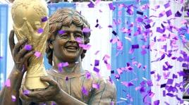 Non solo Cristiano Ronaldo, anche Maradona ha la sua statua