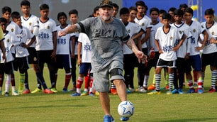 Maradona dà spettacolo anche in India