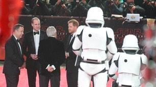 I principi Harry e William alla premiere a Londra di Star Wars