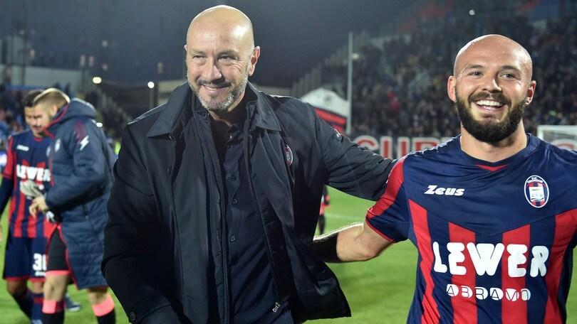 Serie A Crotone, Zenga fa autocritica: «Spesso ho seguito il denaro sbagliando»