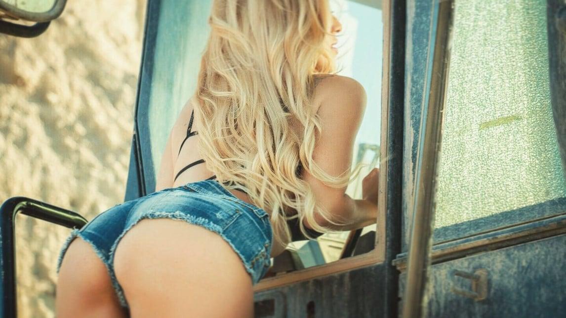 La splendida modella incanta con i suoi scatti su Instagram