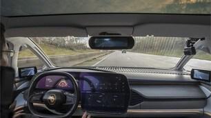 Renault Symbioz: l'auto di domani su strada