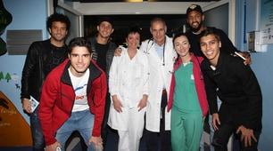 Lazio, i giocatori in visita ai bimbi dell'ospedale di Belcolle
