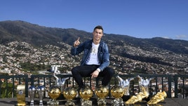 Real Madrid, super rinnovo per Cristiano Ronaldo e caccia a Harry Kane