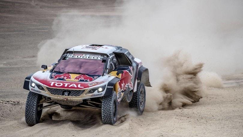 Dakar, Peugeot alla riscossa nella seconda tappa
