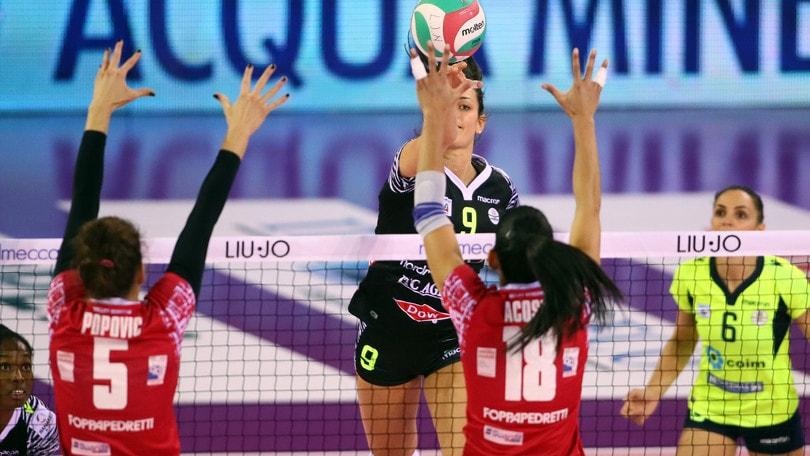 Volley: A1 Femminile, Conegliano sempre più sola, Pesaro toglie un punto a Novara