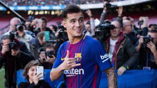 Barcellona, Coutinho si presenta... da infortunato
