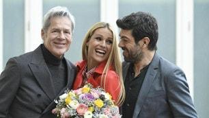 Sanremo, Michelle Hunziker e Favino accanto a Claudio Baglioni