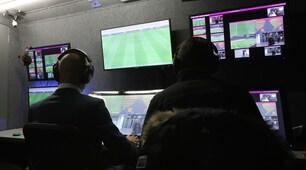 Francia, prima volta della Var: esordio in Coppa di Lega