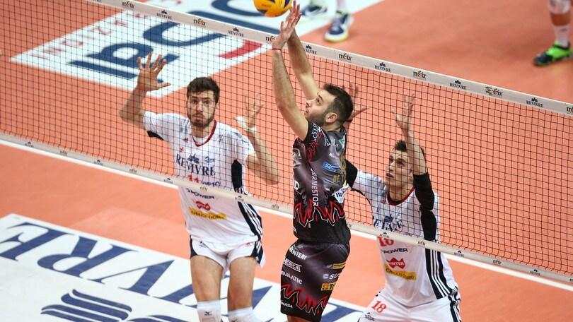 Volley: Superlega, Perugia e Civitanova fanno il vuoto, Modena cade a Piacenza