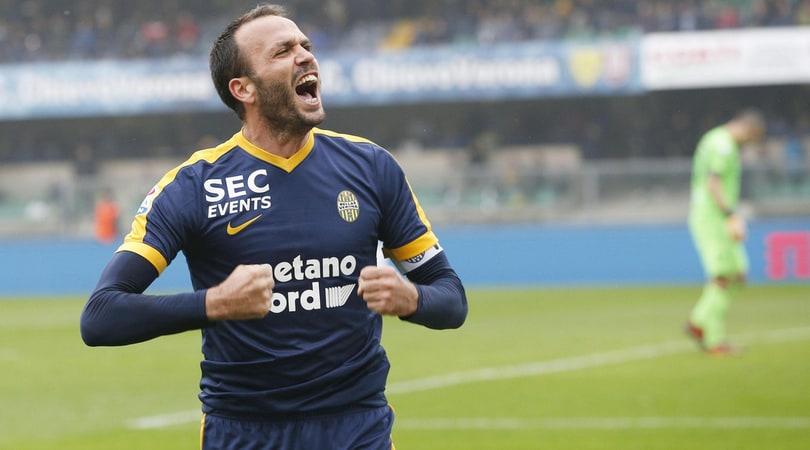 Serie A Verona, Pazzini non convocato per il ritiro: addio vicino?