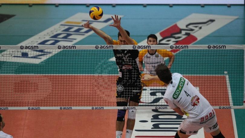Volley: Superlega, il derby è di Verona