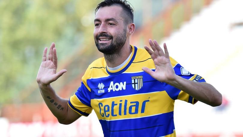 Calciomercato Parma, Scaglia in prestito al Catania