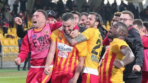Calciomercato Benevento, ufficiale: completato il tesseramento di Sandro
