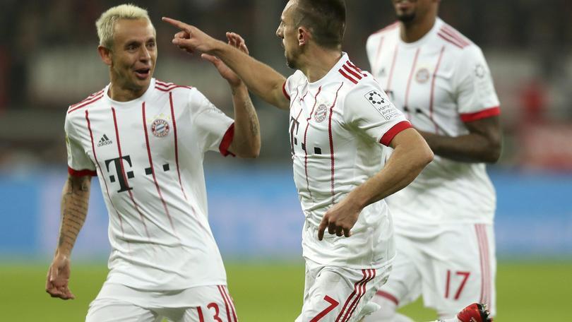 Bayern ricomincia da tre, Leverkusen ko