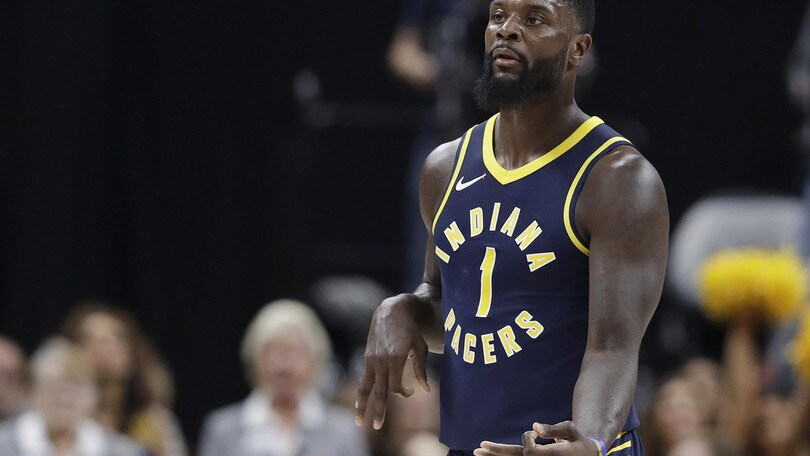 Stephenson stende Cleveland, Durant piega i Bucks