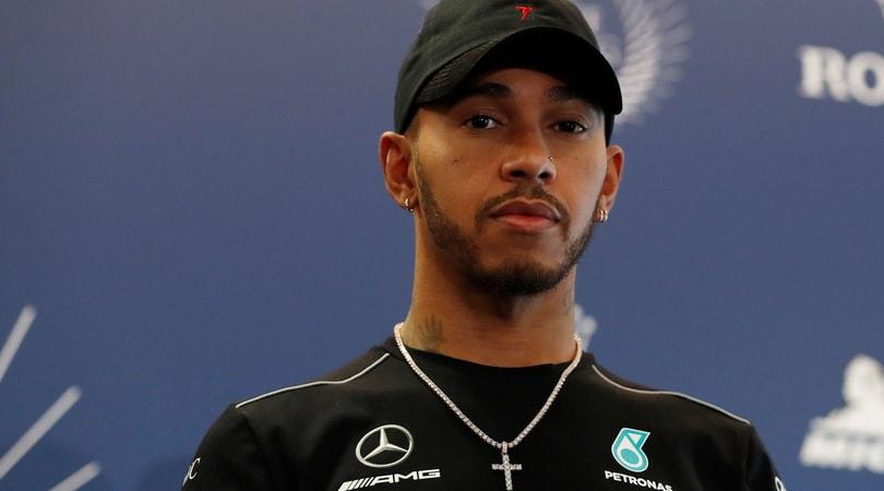 Hamilton: «Le curve della F1 sono troppo facili»