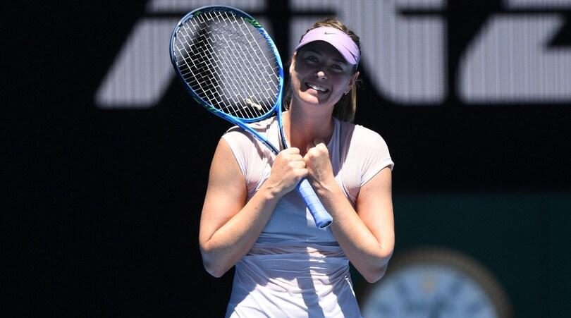 Australian Open: bene la Sharapova, Muguruza eliminata