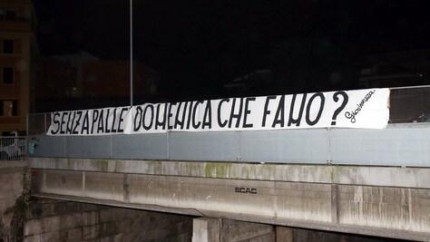 A Roma striscioni contro Pallotta e i giocatori