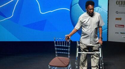 Malore per Pelé, è ricoverato in ospedale