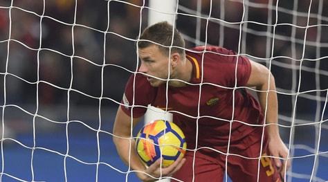 Dalla Bosnia: «Dzeko vuol restare alla Roma, nessun contatto con il Chelsea»