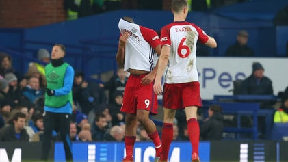 Premier League, McCarthy, infortunio shock: e Rondon scoppia in lacrime