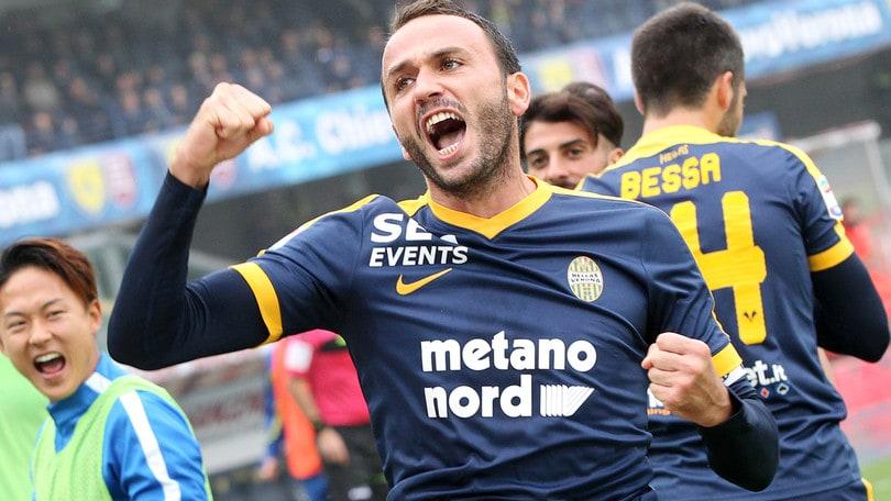 Calciomercato Torino, una punta per Mazzarri: Pazzini o Nestorovski?