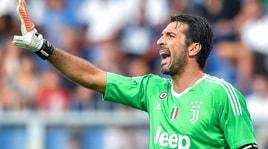 Serie A, un altro anno di Buffon in campo è pagato 3,75