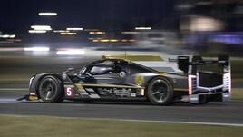 Daytona, nella 24 ore Alonso resta indietro