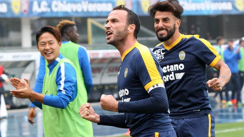 Calciomercato Verona, Pazzini rifiuta il Levante