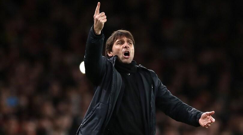 Chelsea, Conte: «Dzeko continuerà a essere della Roma»