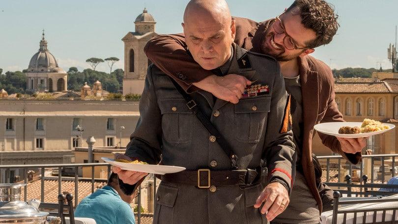 Massimo Popolizio è Mussolini in Sono Tornato